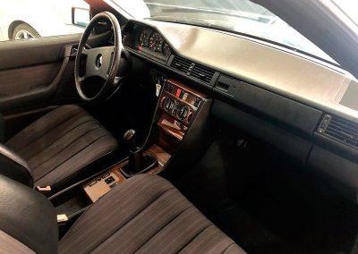 Mercedes Benz 230 CE